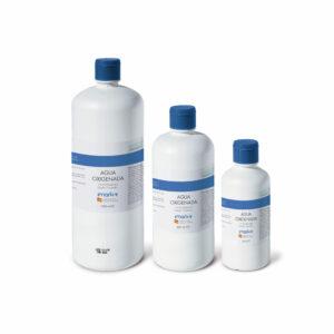 Vista de los tres envases de agua oxigenada